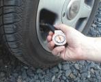 Pneuměřič 5 bar Compass
